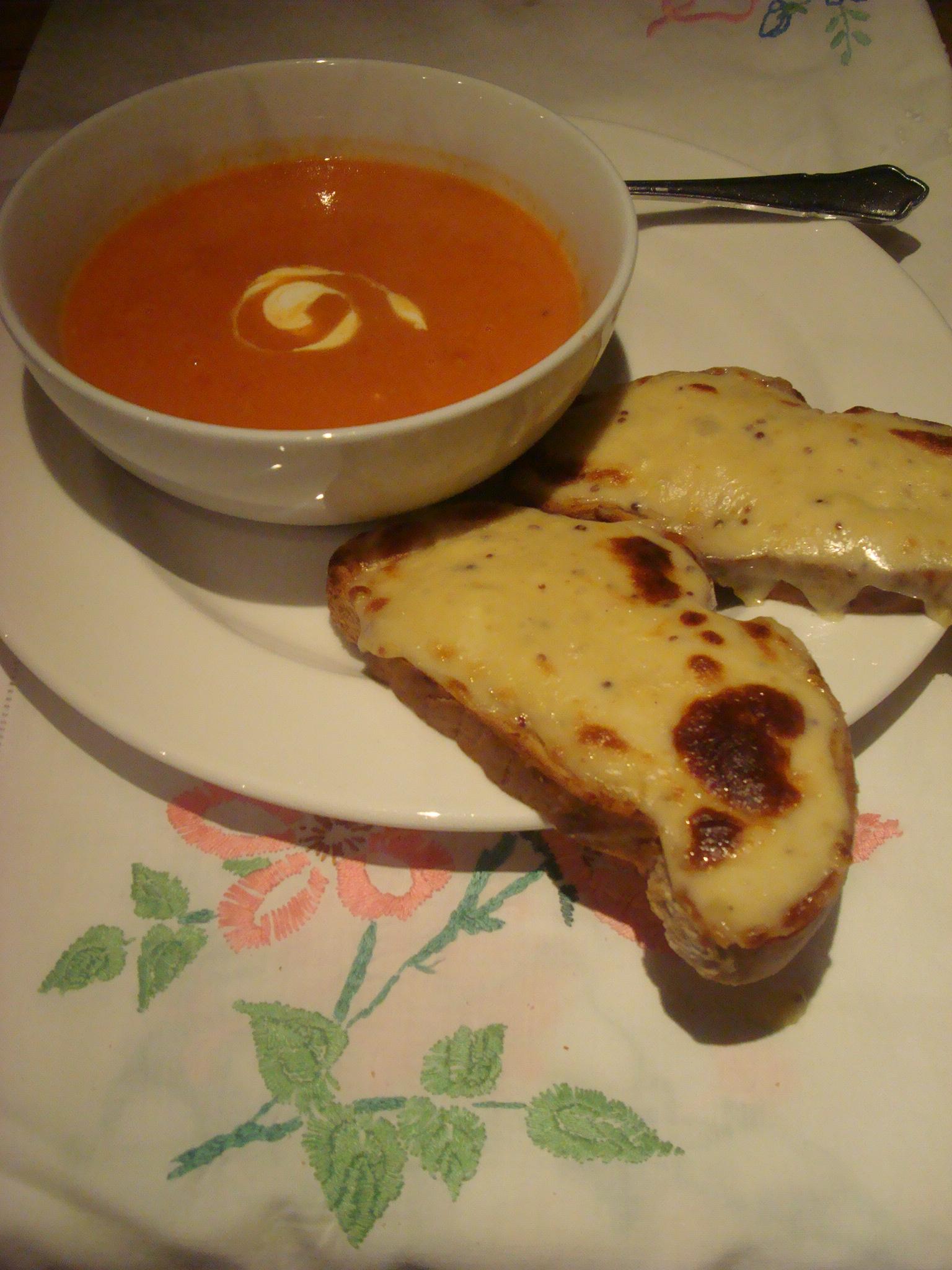 Recipe: Creamy roast tomato soup and smoky Welsh rarebit | Moel Faban ...